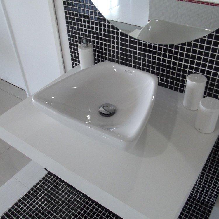 Cuba de Apoio para Banheiro Jacuzzi Bionda 38,5cm x 44,5cm x 14cm Branco em C # Cuba Para Banheiro Jacuzzi