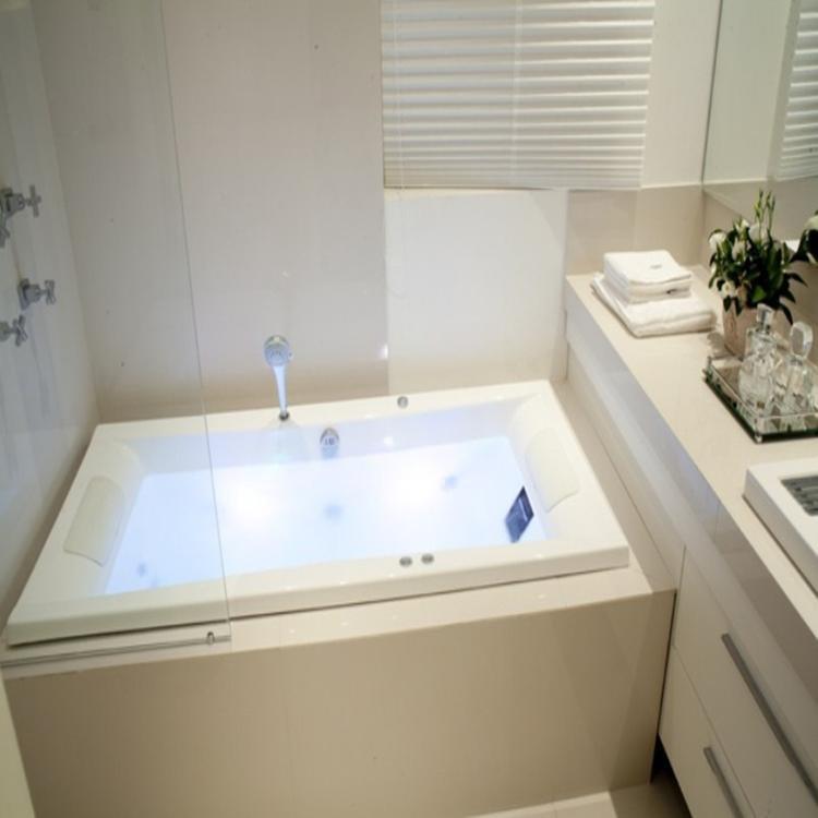 Banheira Hidromassagem Axell Duo Clean 1,79m x 82cm x 59cm  07 Jatos P1 Acrí -> Banheiro Com Banheira De Hidro