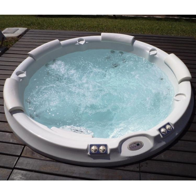 spa jacuzzi j210 2 00m x 88cm 19 jatos com aquecedor branco em spas na madeiramadeira. Black Bedroom Furniture Sets. Home Design Ideas