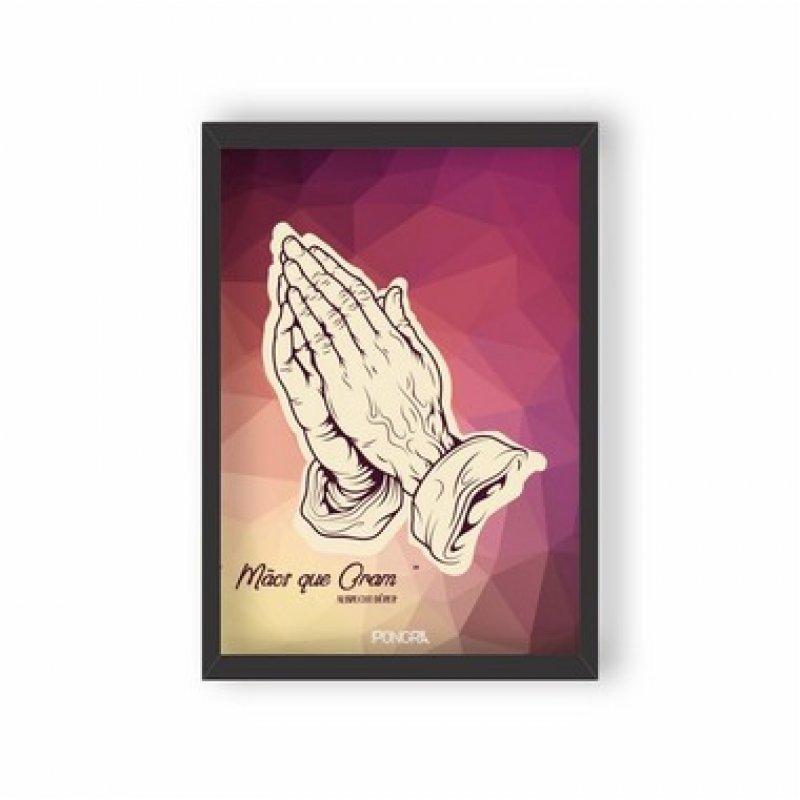 0438a3495 Quadro Decorativo Mãos que oram - Moldura Preta - MadeiraMadeira